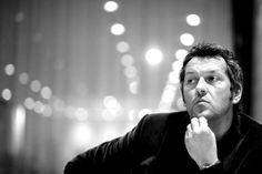 """16. März 2015: """"Entspannter Dirigent: Markus Poschner"""" Mehr Bilder auf: http://www.nachrichten.at/nachrichten/fotogalerien/weihbolds_fotoblog/ (Bild: Weihbold)"""