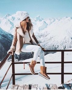 Latest Winter Outfits Ideas for Women Casual and Sexy winter outfits for work business casual winter outfits cold snow c Casual Winter Outfits, Winter Mode Outfits, Winter Fashion Outfits, Autumn Winter Fashion, Winter Snow Outfits, Cute Winter Clothes, Winter Fashion For Teen Girls, Outfit Winter, Snow Fashion