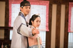 Queen For Seven Days, Yeon Woo Jin, Park Min Young, Romantic Moments, Paros, Her Brother, Drama Movies, Hopeless Romantic, Jealousy