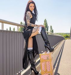 Leather High Heel Boots, Thigh High Boots Heels, Heeled Boots, Knee Boots, Sexy Legs And Heels, Sexy Boots, Sexy High Heels, Gothic Fashion, Girl Fashion