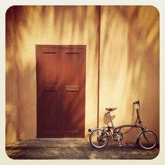 Brompton Bike. Folds up into a little ball. love it