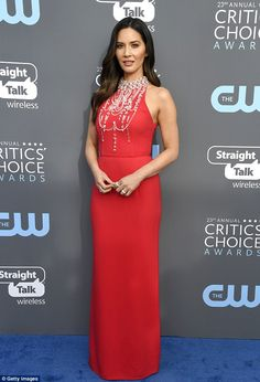 Critics' Choice Awards: Host Olivia Munn hits red carpet | Daily Mail Online