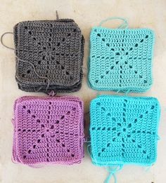 Simple Filet Starburst Square - easy crochet squares