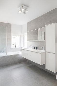Bathroom Design Decor, House Bathroom, Home, Bathroom Inspiration Modern, Bathroom Styling, Bathroom Interior, Bathroom Design Small, Hampton Style Bathrooms, Laundry Room Bathroom