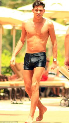 It's an Joey Essex emergency! Joey gets stranded in Dubai after missing flight… but makes the most of his time sunbathing in tiny shorts!   Want to see more!? Join the gallery! http://www.thecelebarchive.net/ca/gallery.asp?folder=%2Fjoey+essex%2F#results