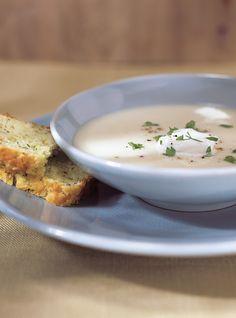 Ricardo& Recipe : Cream of Cauliflower Soup Courgette Bread, Savory Zucchini Bread, Cream Of Cauliflower Soup Recipe, Gaspacho Recipe, Watercress Soup, Gourmet Recipes, Healthy Recipes, Healthy Soups, Healthy Lunches
