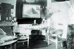 Em seu apartamento luxuoso na avenida Champs Elysées 114, Santos Dumont desenvolveu projetos aeronáuticos. Na manhã de 23 de junho de 1903 ele estacionou seu N-9 frente ao apartamento atraindo multidão de curiosos.