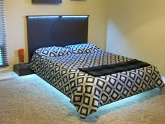 A wonderful floating bed design Bed Frame And Headboard, Modern Platform Bed, Headboard, Reclaimed Wood Headboard, Kb Homes, Bed Frame, Living Spaces, Floating Bed, Home Decor