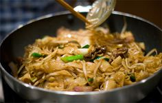 Authentic Recipe for Cantonese Beef Chow Fun!  -- from Hungry Muse