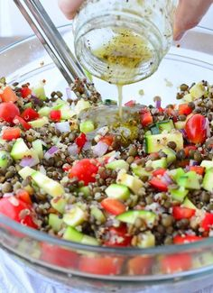 Greek Lentil Salad! This healthy, vegetable packed salad is so delicious! Lentils, Quinoa, Veggies in a tangy lemon dressing. Vegan & Gluten-Free | http://www.delishknowledge.com