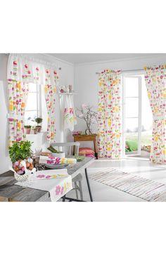 Zasłony w pięknych wiosennych kolorach, projekt Teija Bruhn. Od 85 zł na http://www.halens.pl/dom-6450/zasony-multipack-521598?imageId=141681518585153854&variantId=521598-0199