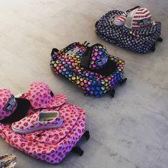 Aaaa Vansowy zawrót głowy w Cliff sport #vans #backpack #plecak #print #truskawki #cliffsport #instagirl #tocotygryskilubianajbardziej #summer #stylowo #photooftheday #travel #sport #moda #love #cute #polskadziewczyna #instalove #fashionstyle #instagood #girl #pink #usa