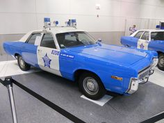 I'm old enough to have been pulled over by a few Chicago copcars with this paint scheme, discontinued in 1974 in favor of the current white-with-blue-stripe and red lettering livery.