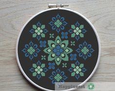 modern cross stitch pattern nordic folk ornament by Happinesst