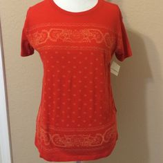 "Lucky Brand NWT Size Small Tee Bright orange and cream colored design Lucky Brand soft tee. NWT. Size Small fit nice full cut. 24"" to hem. Lucky Brand Tops Tees - Short Sleeve"