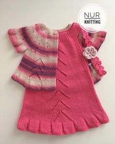 Image By Nurknitting (Nurknitting) With Knit - Diy Crafts Baby Dress Patterns, Baby Knitting Patterns, Knitting Designs, Baby Pullover, Baby Cardigan, Baby Sweaters, Girls Sweaters, Crochet Shoes, Kind Mode