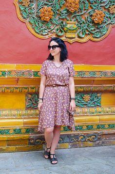 Top 5 - Co warto zobaczyć w Pekinie (Beijing)? Burda Patterns, Short Sleeve Dresses, Dresses With Sleeves, Beijing, High Low, Paisley, Blog, Fashion, Moda