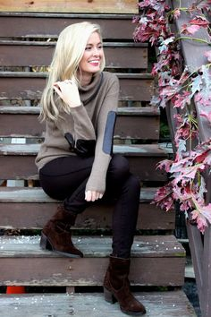 sweater with leather elbow patches: Top winter fashion trends 2013-2014