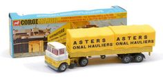 Corgi no. 1147 Scammel Handyman Truck and Covered Trailer in window box