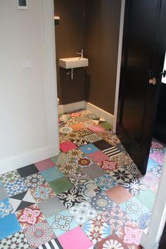 Durf te wonen met kleur #Interieur #wonen #Designtegels.nl