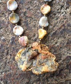 Crazy Lace Agate, Agate Necklace, Cool Necklaces, Agate Gemstone, Antique Gold, Earthy, Persian, Peach, Colours