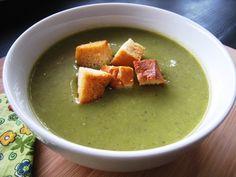 New Recipe: Asparagus Soup for Spring