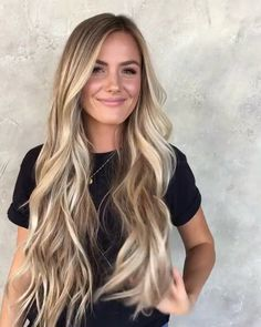 Shop our online store for blonde hair wigs for women.Blonde Wigs Lace Frontal Hair Blonde Highlights Curly Hair From Our Wigs Shops,Buy The Wig Now With Big Discount. Frontal Hairstyles, Long Face Hairstyles, Wig Hairstyles, Blonde Hair With Highlights, Brown Blonde Hair, Beachy Blonde Hair, Blonde Honey, Brown Highlights, Ombre Hair Color
