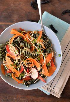 Mì Tảo Xoắn Spirulina • Bếp Thực Dưỡng Nhk, Spirulina, Japchae, Foods, Ethnic Recipes, Food Food, Food Items