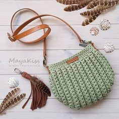 Marvelous Crochet A Shell Stitch Purse Bag Ideas. Wonderful Crochet A Shell Stitch Purse Bag Ideas. Bag Crochet, Crochet Shell Stitch, Crochet Handbags, Crochet Purses, Love Crochet, Crochet Crafts, Crochet Stitches, Crochet Projects, Crochet Patterns