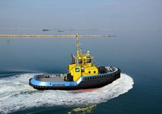 SAAM SMIT Towage signs contract for Damen ASD Tug 2913 at Offshore Energy 2015