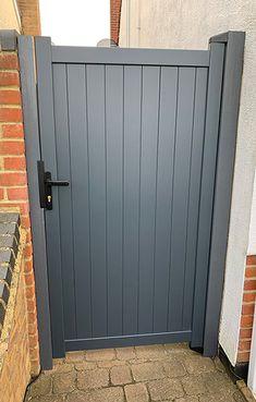Wooden Side Gates, Wood Fence Gates, Wooden Garden Gate, Garden Gates And Fencing, Garden Doors, Fence Doors, Metal Gates, Diy Fence, Front Gate Design