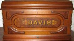 Close-up of Davis Vertical Feed Coffin Top