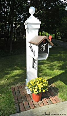 Beautiful Mailbox Makeover using Modern Masters Front Door Paint by http://redheadcandecorate.com #FrontDoorPaint