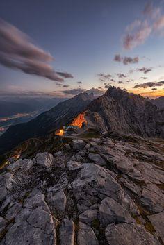 6 Bergwanderungen, die gut für deine Beine und dein 'gram sind 😉📸 Innsbruck, Bergen, Photo Location, Most Beautiful, Hiking, Mountains, Water, Travel, Outdoor