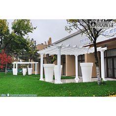 Coloana Ornamentala din beton in Stilul Corintic Columns, Gazebo, Garage Doors, Outdoor Structures, Outdoor Decor, Home Decor, Greece, Kiosk, Decoration Home