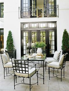 78 Stunning French Country Dining Room Table and Decor Ideas Outdoor Lounge, Outdoor Living, Outdoor Spaces, French Country Dining Room, Interior Exterior, Patio Design, Dining Room Table, Interior Design Living Room, Design Bedroom