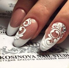 The problem is so many nail art and manicure designs that you'll find online Nail Art Arabesque, Pretty Nails, Cute Nails, Sugar Nails, Vintage Nails, Nagellack Design, Bridal Nail Art, Nail Art Pictures, Pointed Nails