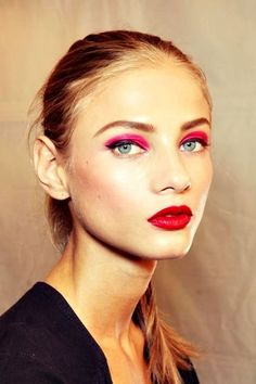 bright pink eyeshadow bright red lips