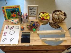 Risultato immagini per reggio emilia kindergarten activities Kindergarten Stem, Kindergarten Classroom, Play Based Learning, Project Based Learning, Reggio Classroom, Classroom Ideas, 2d And 3d Shapes, 3d Figures, Preschool Activities