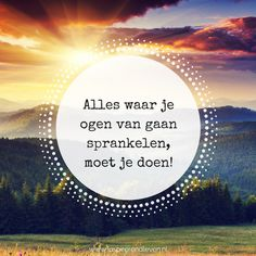Sprankelen Yoga Quotes, Me Quotes, Qoutes, Funny Quotes, Positive Vibes, Positive Quotes, Morning Yoga Flow, Dutch Quotes, Beautiful Mind