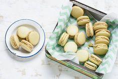 Deze bekende Franse koekjes smaken nog lekkerder als je ze zelf maakt. Recept - Pistachemacarons - Allerhande