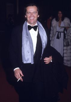 Pin for Later: A Nostalgic Look Back at Celebrities' Earliest Red Carpet Appearances Jack Nicholson, 1973 Jack Nicholson, Hollywood Actor, Hollywood Stars, Hollywood Actresses, Scarlett Johansson, Stallone Rocky, Sun In Taurus, Anjelica Huston, Star Wars