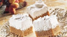 Looking for a distinctive treat? Then check out these bars layered with sweet potato and marshmallow mixture – spiced bars to delight your guest with!