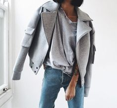 Boyfriend jeans & grey perfecto jacket combo