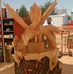 Awesome chainsaw art