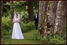 First Look at a Bridal Veil Lakes Wedding  Lifestyle Wedding Photography  Portland, Oregon www.theartofjoy.biz