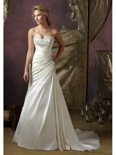 Une ligne-aimée sans bretelles robe de mariage en satin