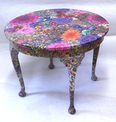 Flora Table.  Fabric decoupage project.                                                                                                                                                                                 More