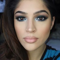 Color is our Vice. : Lorena Urrea #ColorUnleashed #UrbanDecay #BlueTrend