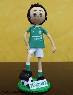 3395a36f2a3 www.unpocodetodo.org - Fofuchos futbolistas de Miguel y Pablo - Fofuchas - Goma  eva - crafts - custom - customized - deportes - foamy - football - futbol  ...
